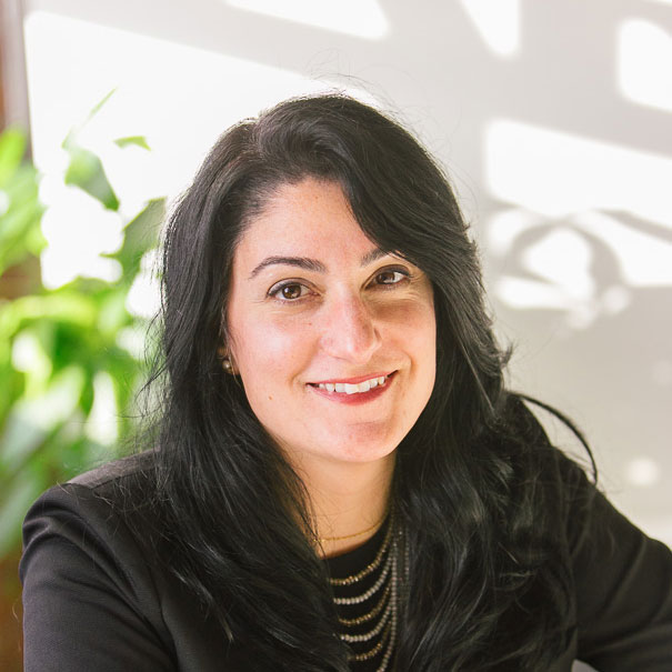 Sharon Portelli headshot